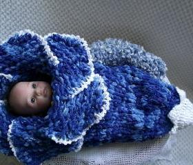 Original design new style newborn baby bell flower cocoon white blue photography props handmade in Canada Available for twins