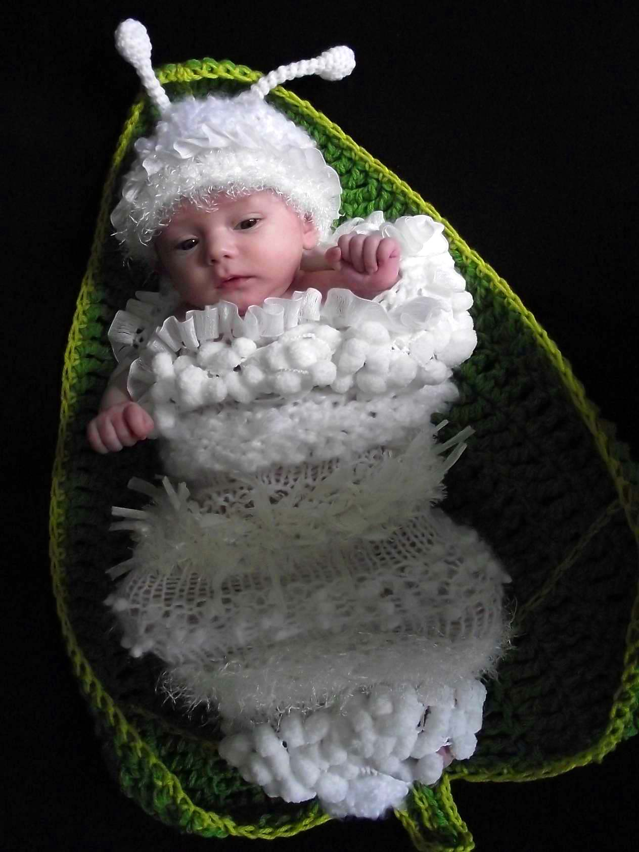 Newborn to 3 months baby Caterpillar cocoon and hat set original genuine design WHITE photography props hand made in Canada